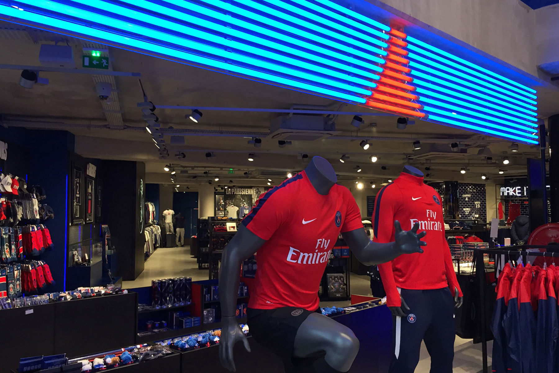 Shop Megastore »Paris Saint-Germain«
